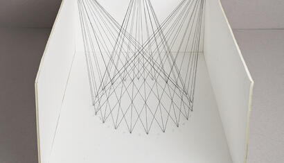 Esther Ferrer. Space projects with circumferences, years 80. Drawing wires in space. Variable dimensions